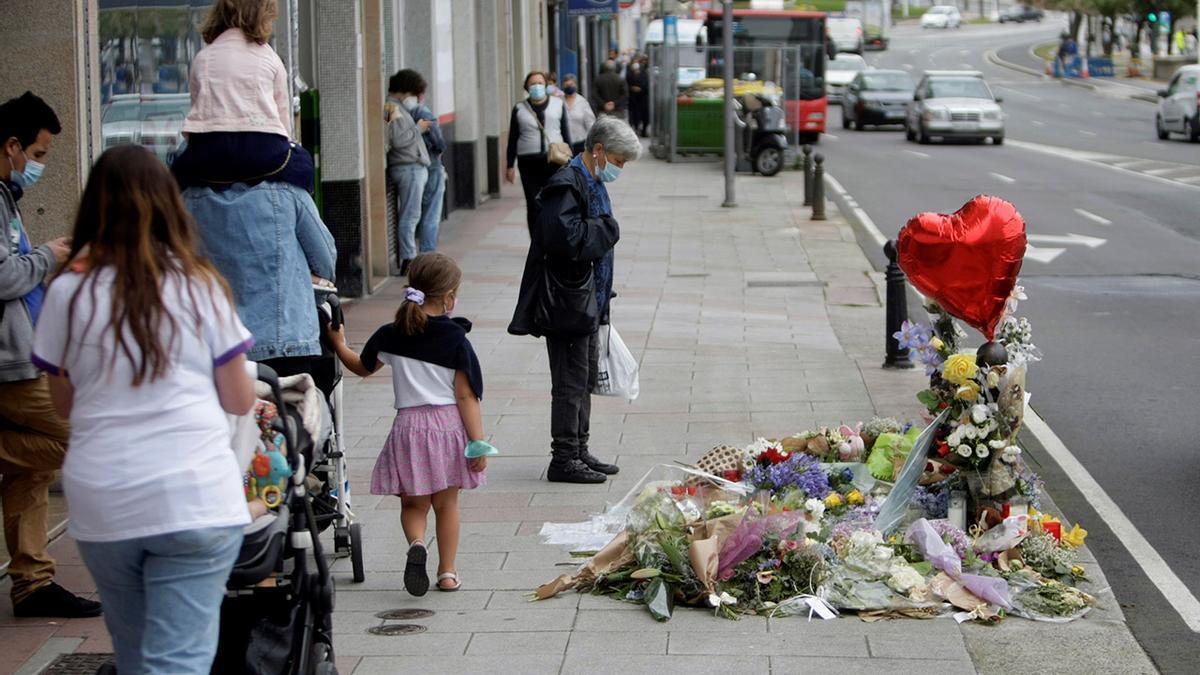 Homenaje al joven de 24 años, Samuel Luiz, asesinado la madrugada del sábado en A Coruña