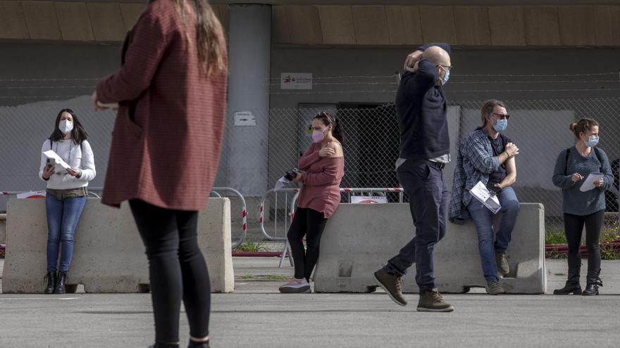 Coronavirus en Mallorca: La incidencia se resiste a entrar en la fase de control y mantiene el peligro