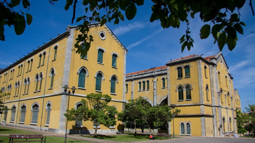 La EBAU y las notas de corte en Asturias: el doble grado de Matemáticas y Física encabeza los estudios más selectivos