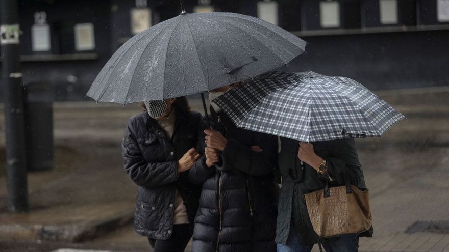 Un frente atlántico provocará fuertes tormentas en Valencia este lunes