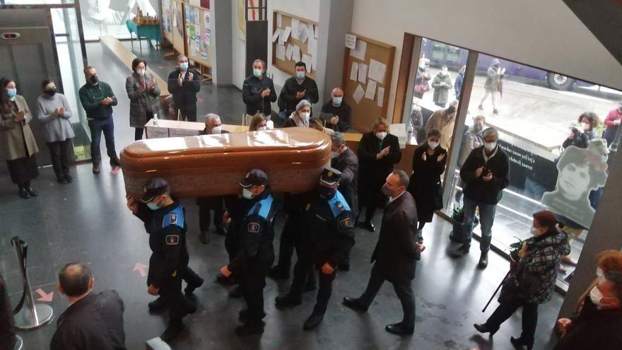 Emotivo adiós al Alcalde de Cangas