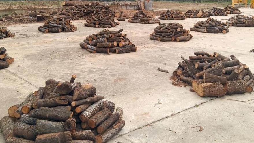 Les Preses dona 15 tones de llenya als veïns