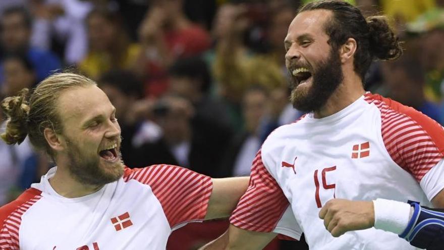 Dinamarca derrumba el mito de Francia y se lleva el oro