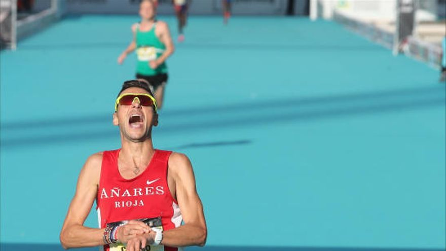 Camilo Santiago consigue la mínima para los JJOO en el Maratón. Chiki Pérez se queda fuera.