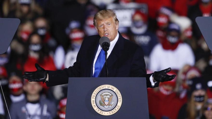Trump intenta convertir en escándalo la propuesta en materia energética de Biden