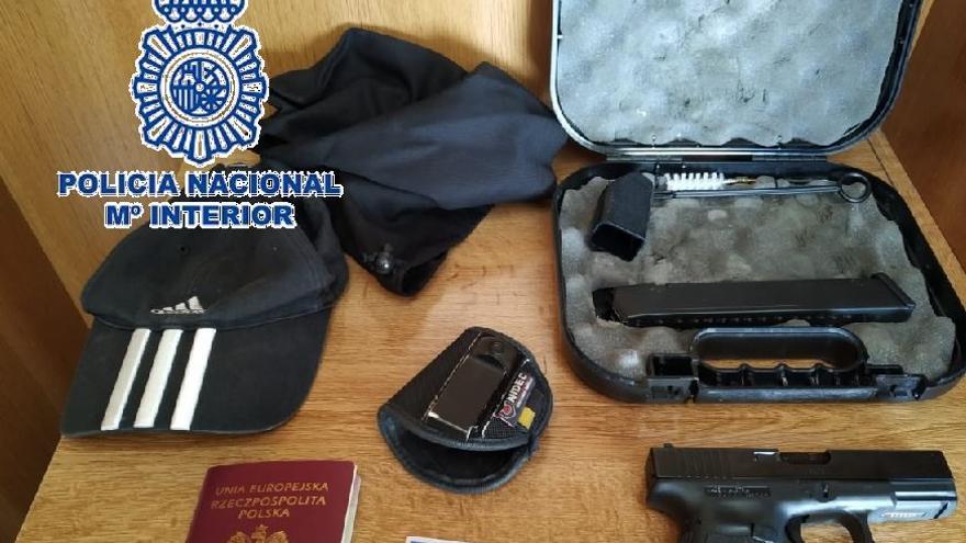 Detenida por tenencia ilícita de armas en Estepona