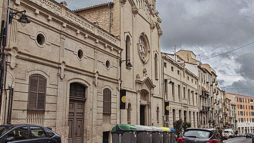 El museo de Camilo Sesto irá  al antiguo asilo de El Camí de Alcoy
