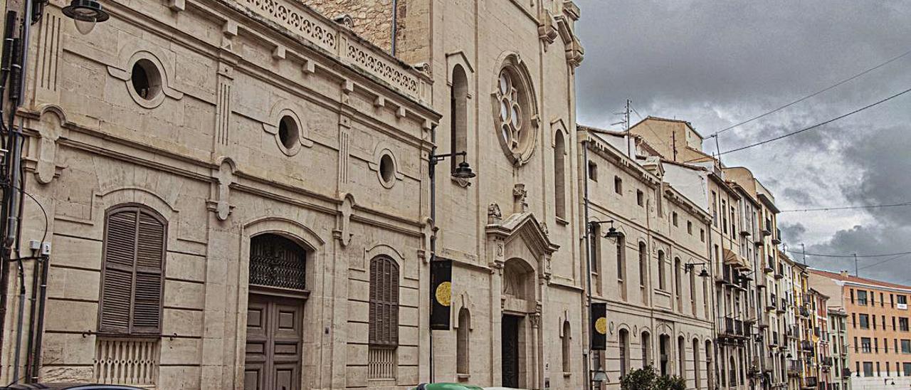 Antiguo asilo de El Camí que albergará una pinacoteca de artistas alcoyanos y el Museo de Camilo Sesto.