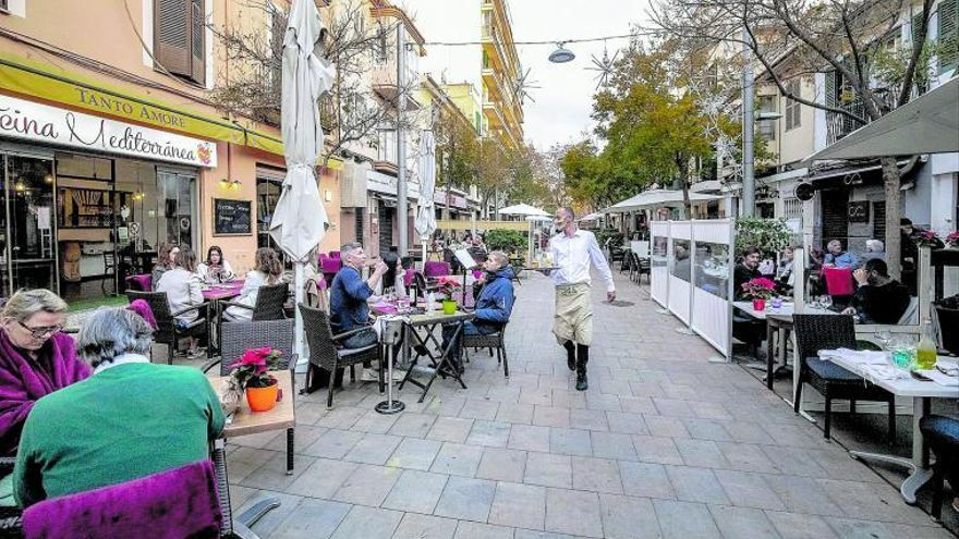 La entrada de trabajadores en ERTE se dispara tras pasar Mallorca al nivel 4