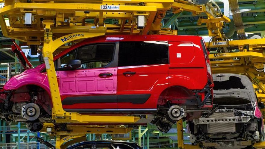 Ford plantea en Almussafes un ERE de 400 personas