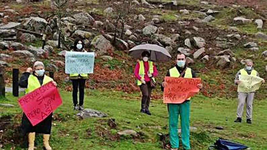 """Los """"chalecos amarillos"""" de Gondomar, contra los parques eólicos"""