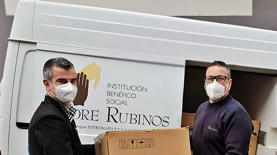 Vegalsa dona 10.000 mascarillas a Padre Rubinos