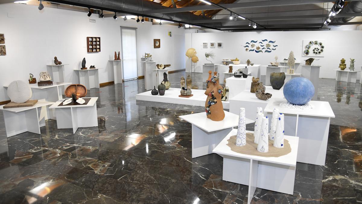 Orgànic és l'exposició col·lectiva concebuda per l'Associació Nacional de Professionals de Ceràmica (ANPEC).