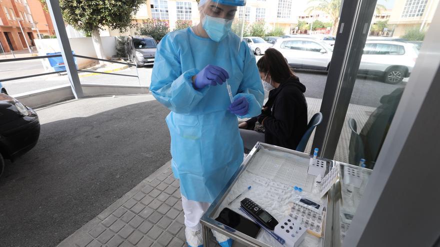 Los contagios de coronavirus siguen cayendo con 68 nuevos casos, 17 menos que ayer