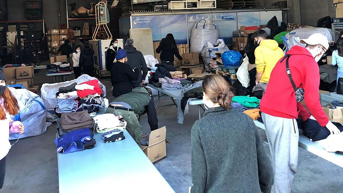 Els voluntaris castellonins s'han mobilitzat per ajudar els refugiats d'Europa | ACCIÓ SOLIDÀRIA