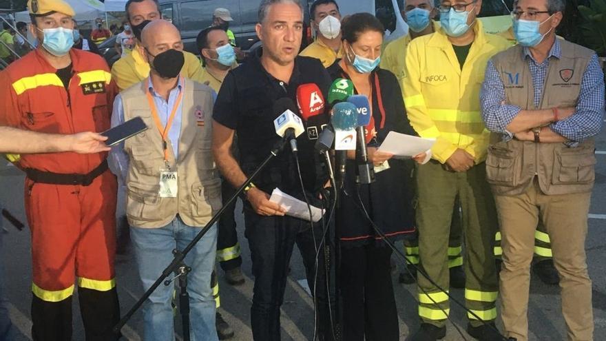 El perímetro del incendio de Sierra Bermeja es ya de 85 kilómetros