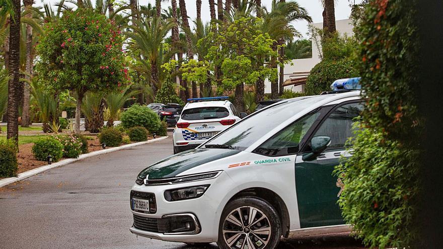 En planta y estable el hombre que recibió seis tiros en una villa de Ibiza