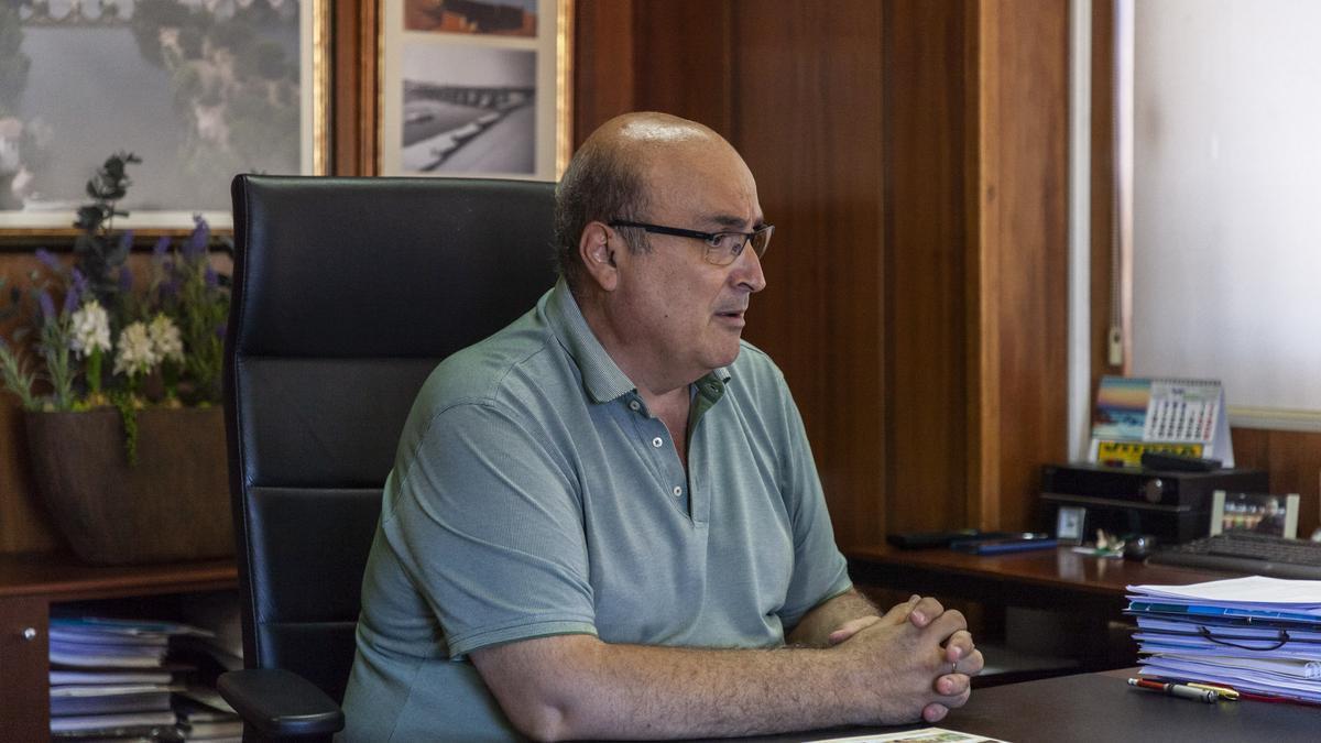 Fernando Prada, durante la entrevista en su despacho.