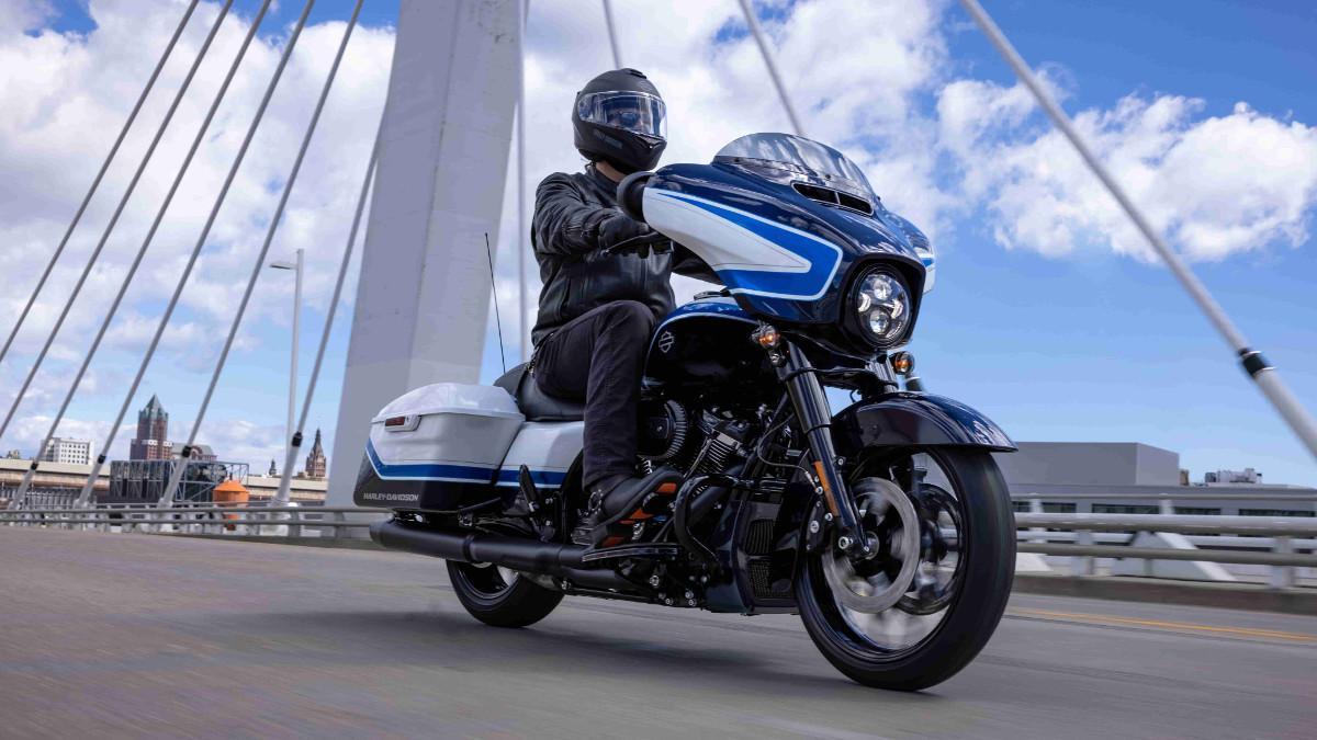 Harley-Davidson Street Glide Special Arctic Blast: exclusiva edición limitada a 500 unidades