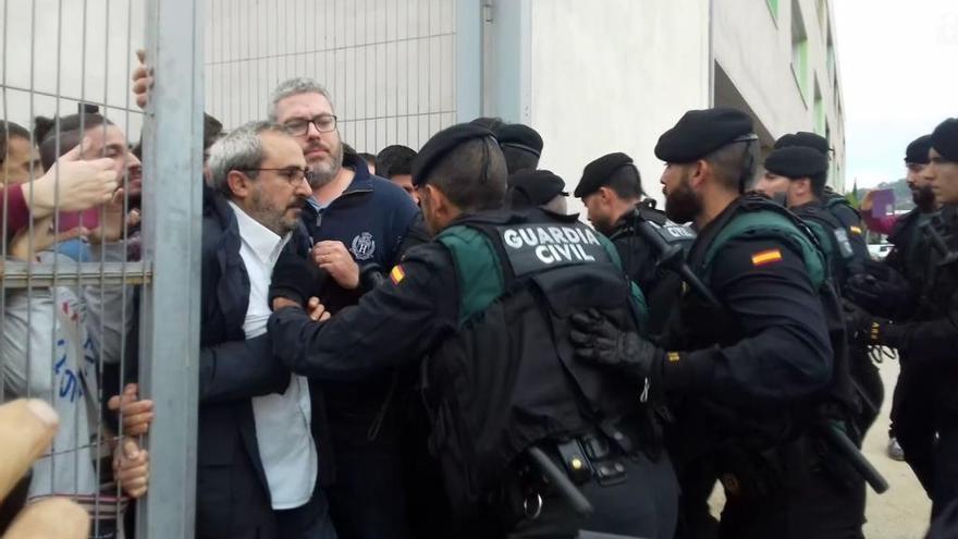 Amnistia Internacional denuncia la violència de l'1-O i l'empresonament dels Jordis