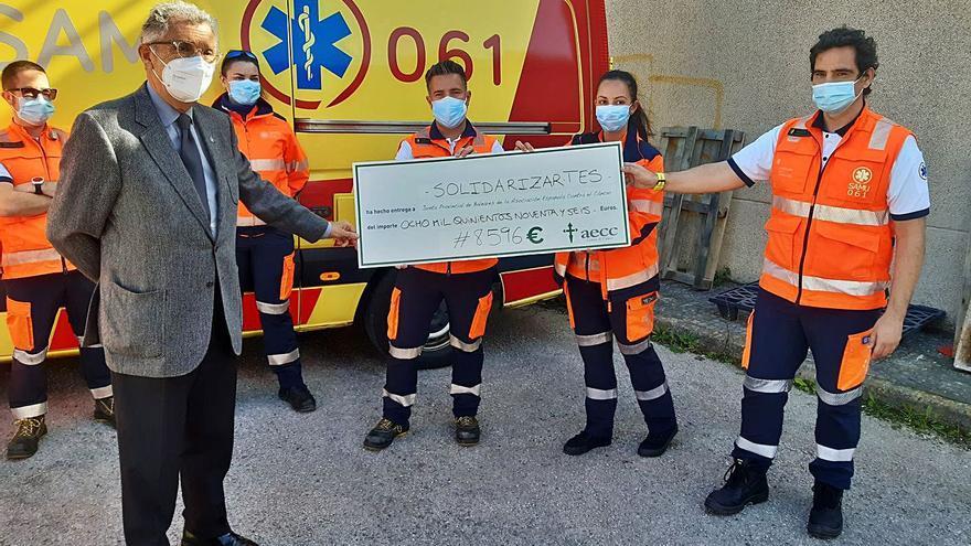 Los técnicos de emergencias recaudan 8.596 euros para  la lucha contra el cáncer