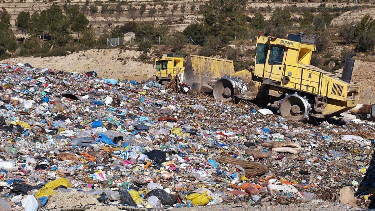 Segons la fiscalia, s'haurien abocat residus sanitaris de forma irregular a Bufalvent