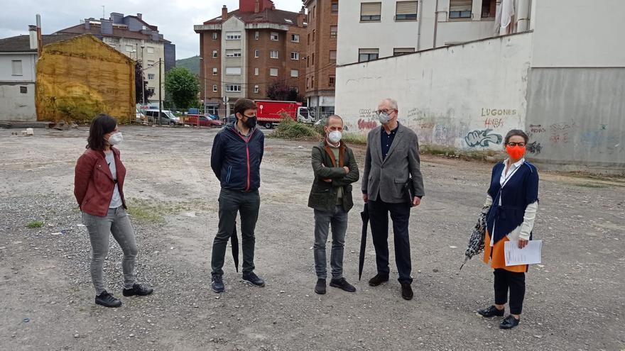 El ayuntamiento de Siero comienza la obra del último aparcamiento disuasorio de Lugones, con un centenar de plazas