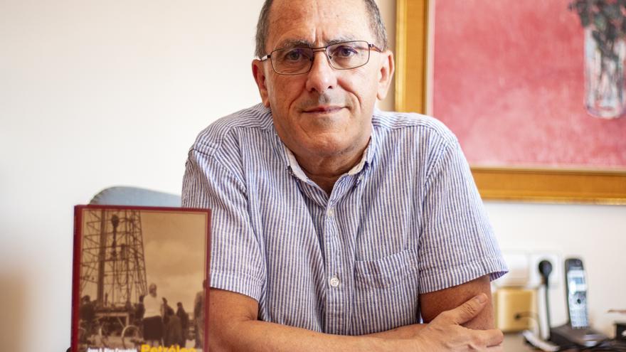 El catedrático de la Universidad de Alicante Juan Antonio Ríos finaliza su trilogía sobre la cultura del franquismo
