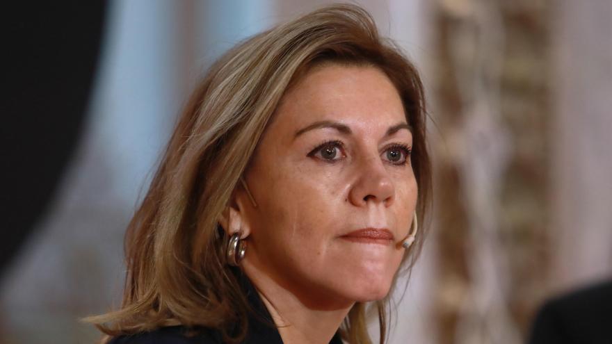 """Cospedal acusa a Bárcenas de """"mentir"""" sobre los pagos en sobres"""