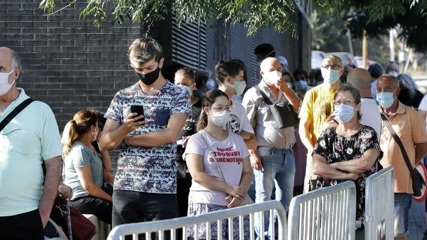 Comienzan los cribados masivos en Barcelona para detectar casos asintomáticos