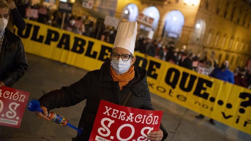 Santiago y Ourense, primeras ciudades en salir de las restricciones duras