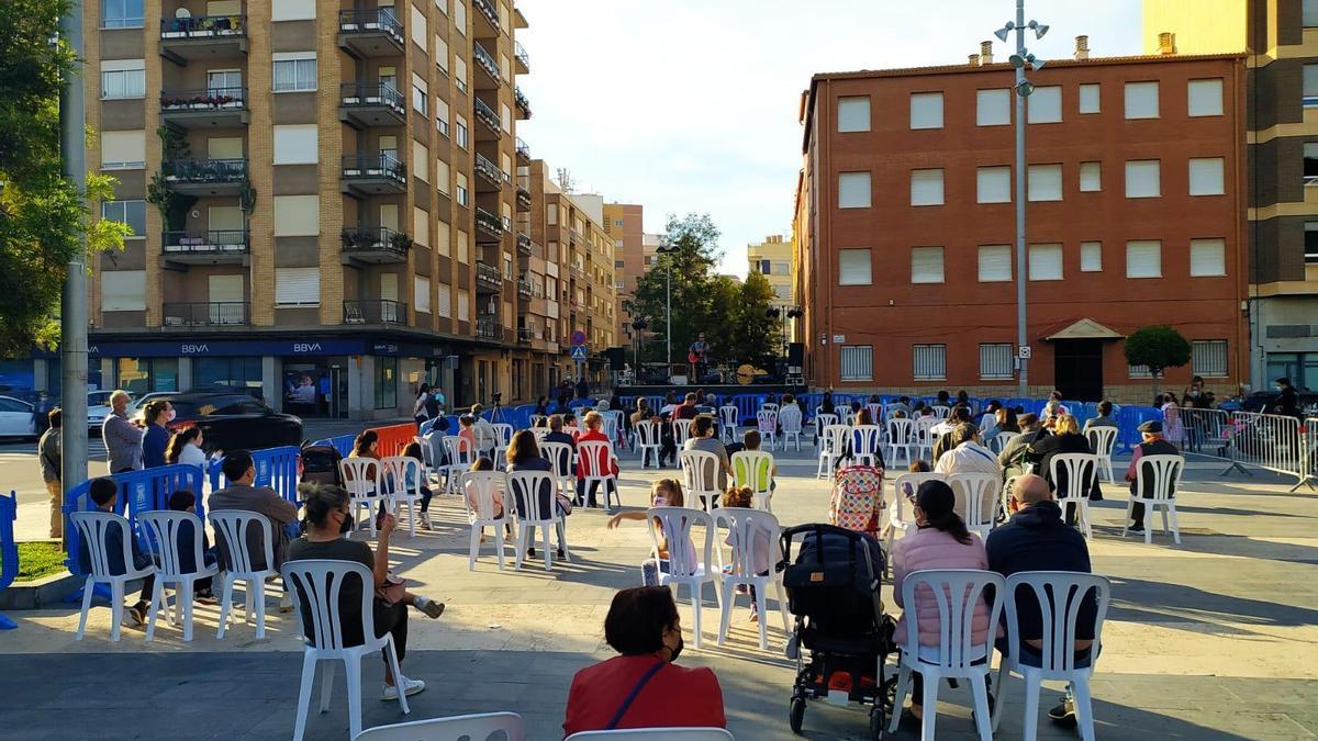 Imagen de una actuación musical celebrada en Almassora en tiempos de pandemia.