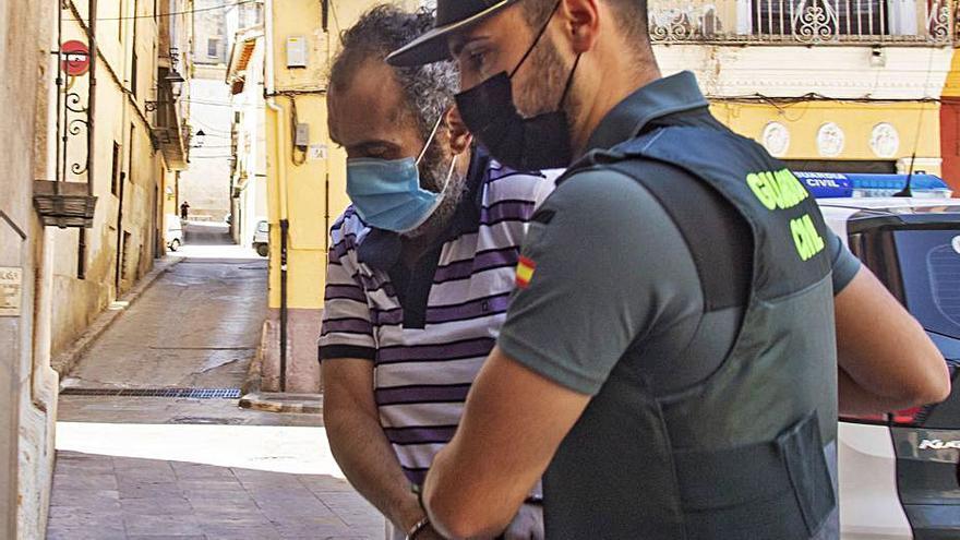 El joven acuchillado en Torrella acusaba a su asesino de quemar su casa y robarle objetos