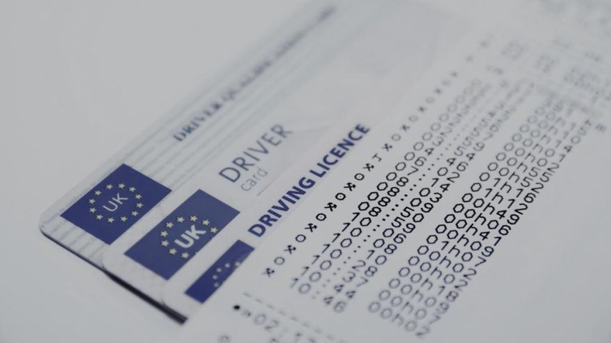 Dónde y cómo solicitar el permiso de conducir internacional