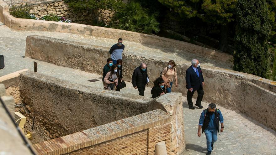 La Santa Faz no saldrá al Castillo a bendecir Alicante si llueve por seguridad de la Reliquia