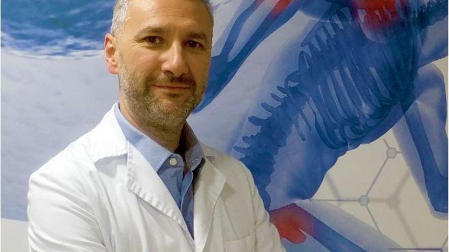 Doctor Carlos Jarabo: «Conseguimos paliar el dolor articular sin cirugía»