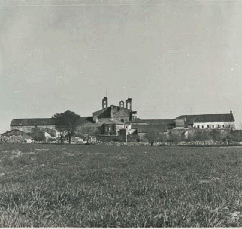 Imagen del convento tomada a principios del siglo XX.
