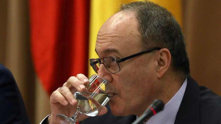 Linde asegura que el Popular fue solvente hasta la víspera de su venta al Santander