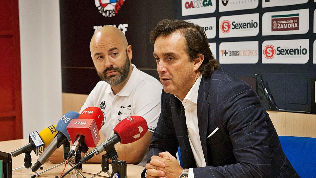 Movilla y Villafañe, en rueda de prensa. | J. F.