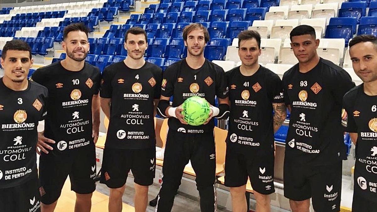 Los jugadores del Palma esperan ofrecer un buen partido a su afición ante ElPozo Murcia.
