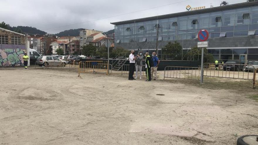 El aparcamiento de Ojea se cierra para sanearlo y acondicionar ocho campos de petanca previstos en la Alameda Vella