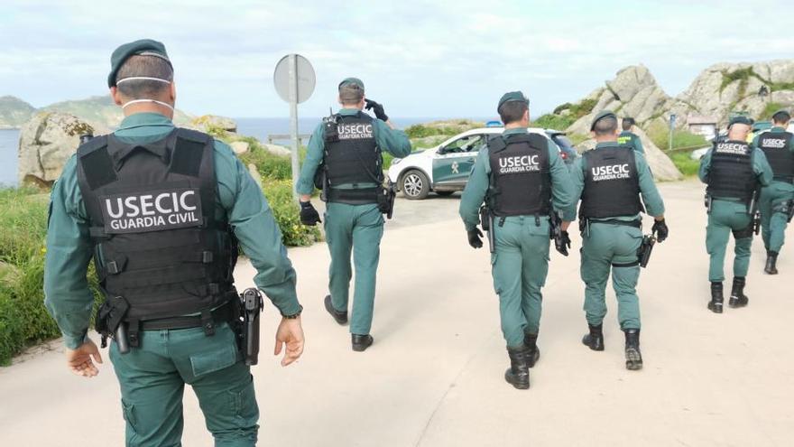 Prosigue la disputa entre percebeiros y bateeiros en Cabo Home
