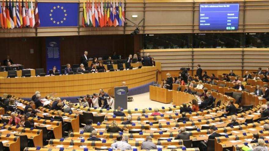 El Brexit deixa el Parlament Europeu més inclinat a la dreta