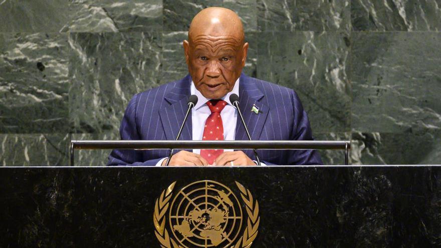 Dimite el primer ministro de Lesoto al verse salpicado por el asesinato de su exmujer