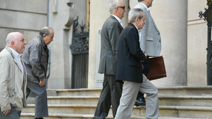 Serra i Todó intenten sense èxit sol·licitar la nul·litat del judici oral pels sou a CatalunyaCaixa