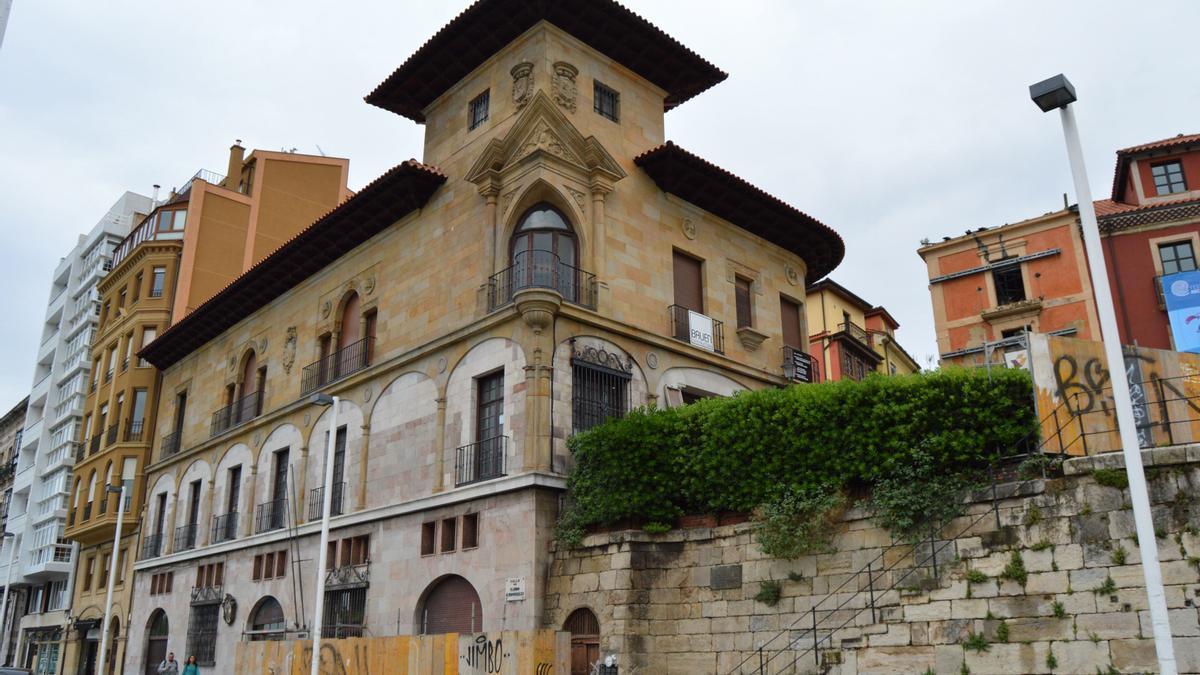 Casa Paquet, ubicada en el barrio de Cimadevilla