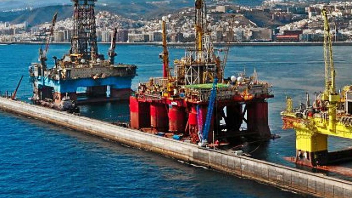 Plataformas petrolíferas en Las Palmas de Gran Canaria.