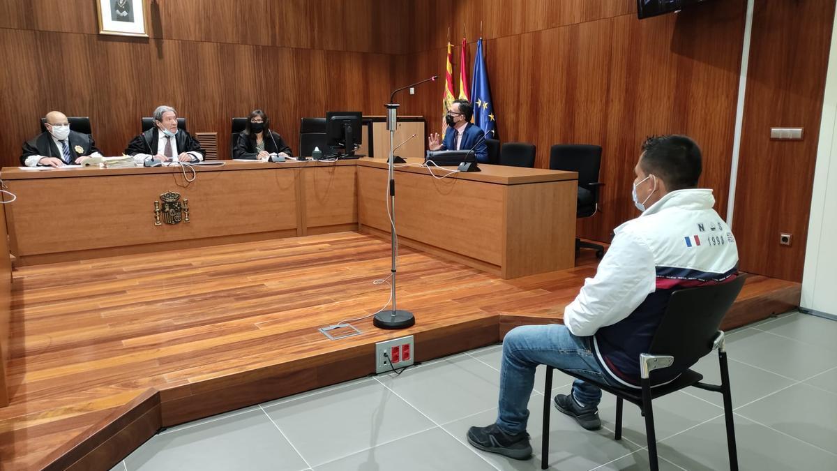 El acusado de violar a una menor rechazó la acusación.