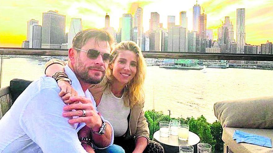 Elsa Pataky celebra diez años con Chris
