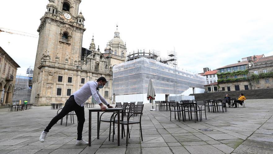 Santiago, primera urbe gallega en abandonar la alerta roja